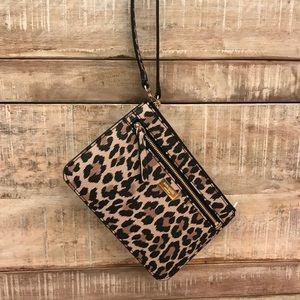 [Kate Spade] Leopard Tinie Shore Street Wristlet
